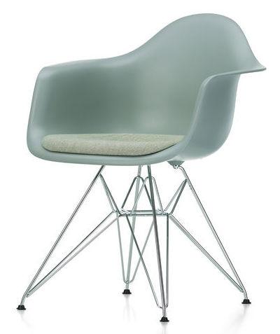 Vitra eames plastic armchair daw dar et dax for Design stuhl replik