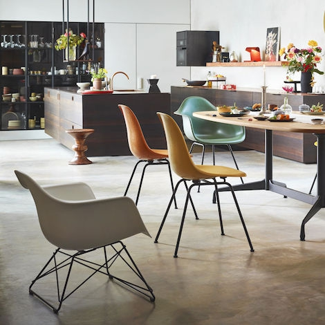 LAR Plastic – Vitra design – fauteuil CharlesRay Eames j35AL4R
