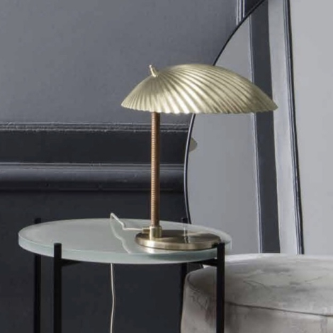 Gubi 5321 Table Lamp Design Paavo Tynell