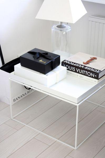 table plateau tray table hay design partir de 167. Black Bedroom Furniture Sets. Home Design Ideas