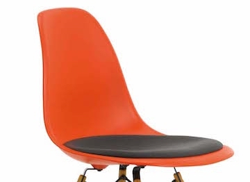 vitra chaises eames plastic dsw design charles ray eames. Black Bedroom Furniture Sets. Home Design Ideas