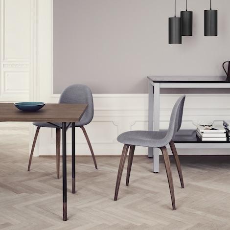 design tapissée 3D bois Komplot chaises bois – – Gubi pieds 80wNvmn