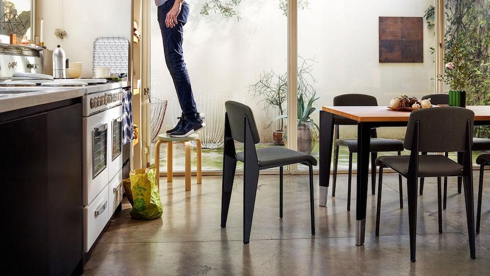 Vitra Standard Sr Chair Design Jean Prouv 233