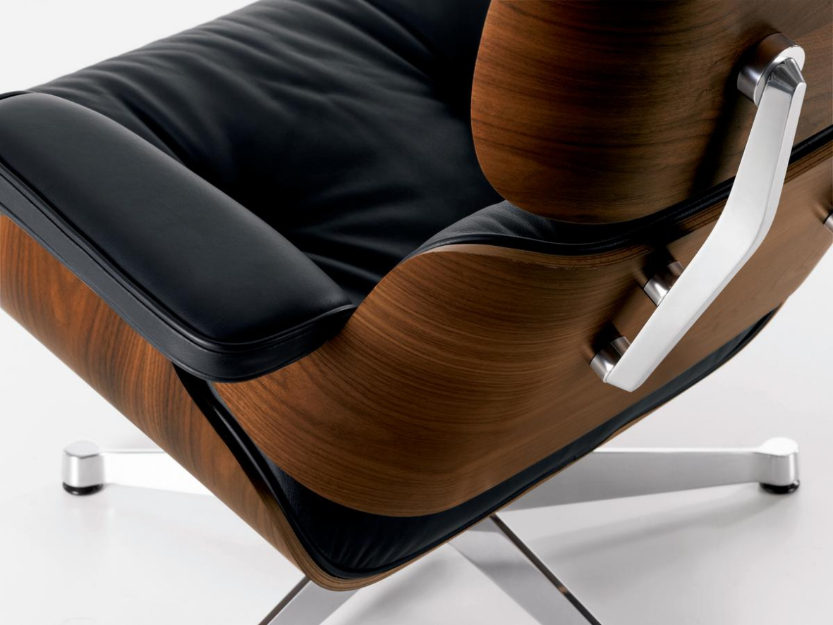 Eames Lounge Stoel : Vitra eames lounge chair and ottoman