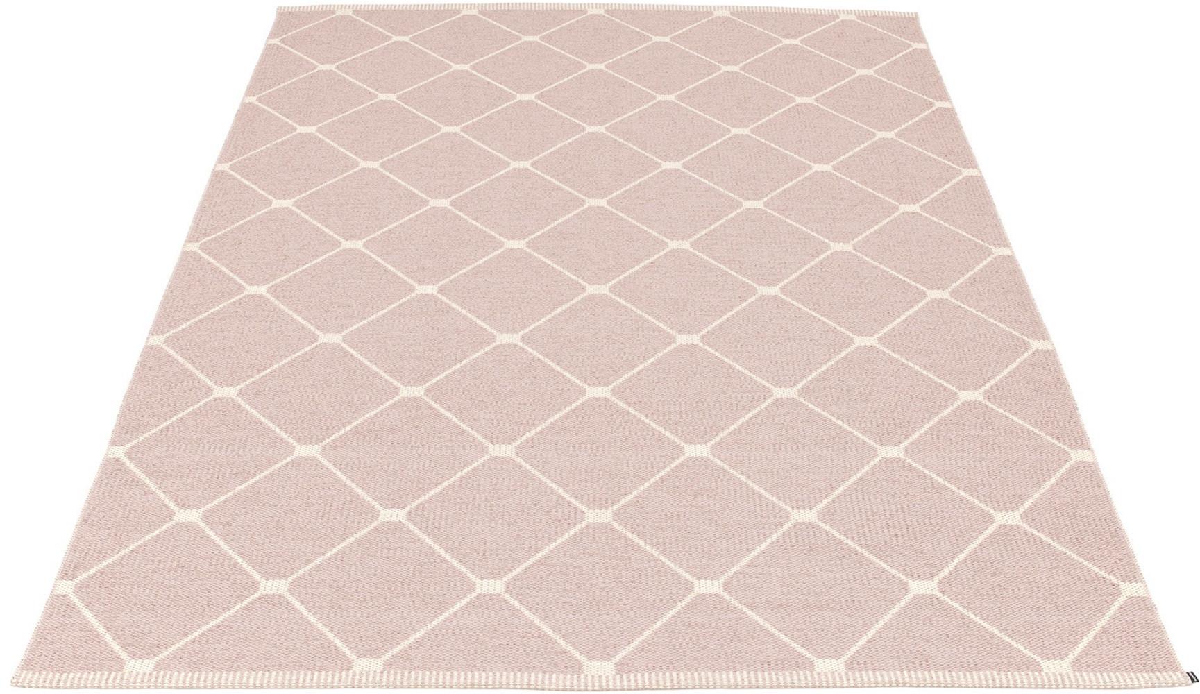 pappelina tapis grand format regina design lina rickardsson. Black Bedroom Furniture Sets. Home Design Ideas