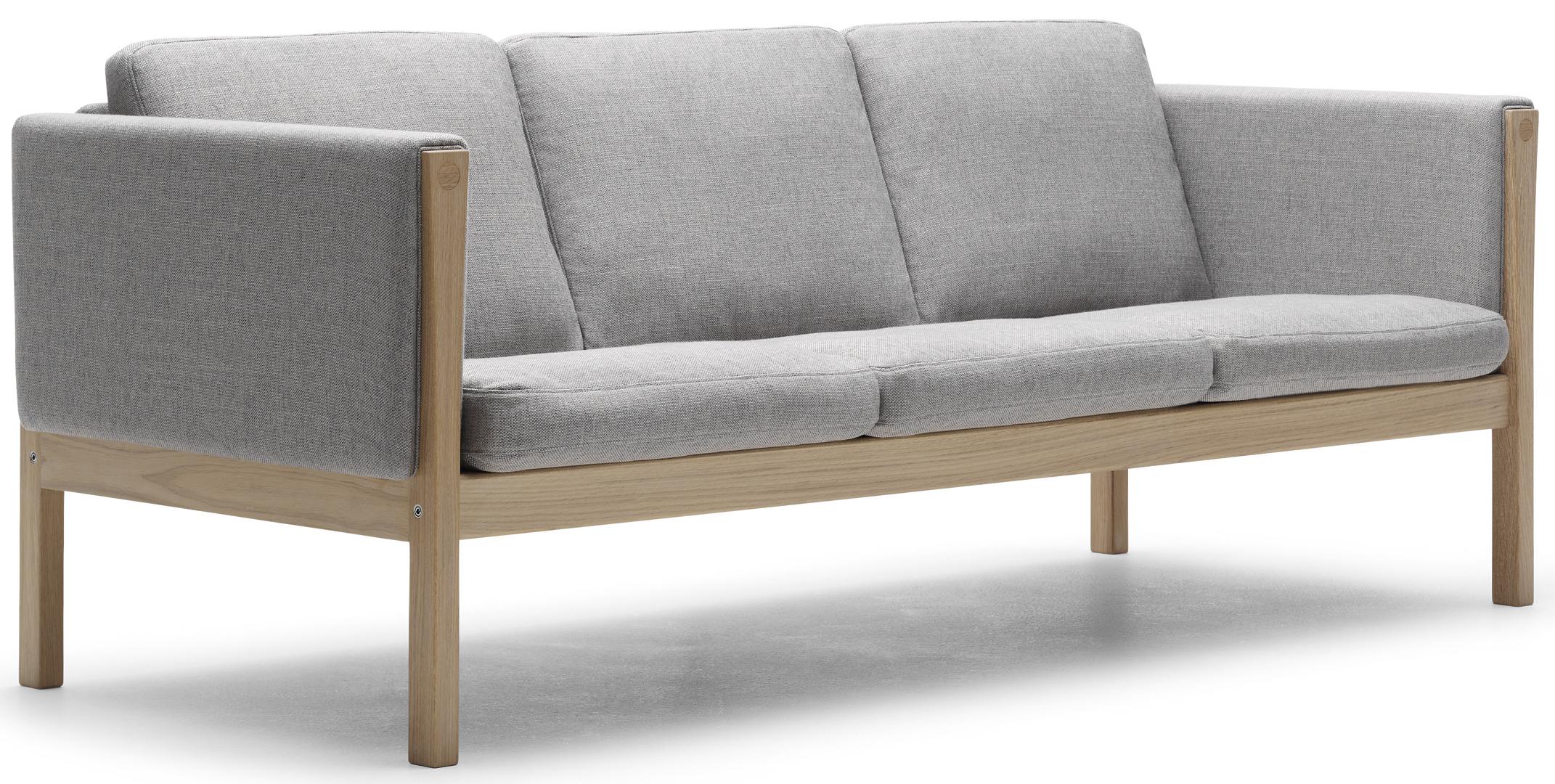 Carl Hansen & Son sofas CH162 and CH163