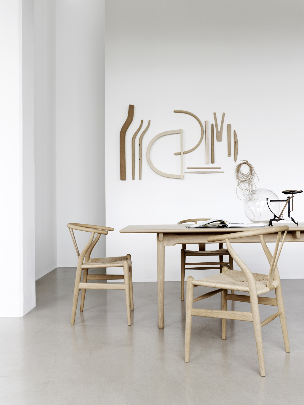 Carl hansen s n chaise wishbone ch24 hans j wegner for Scandic design