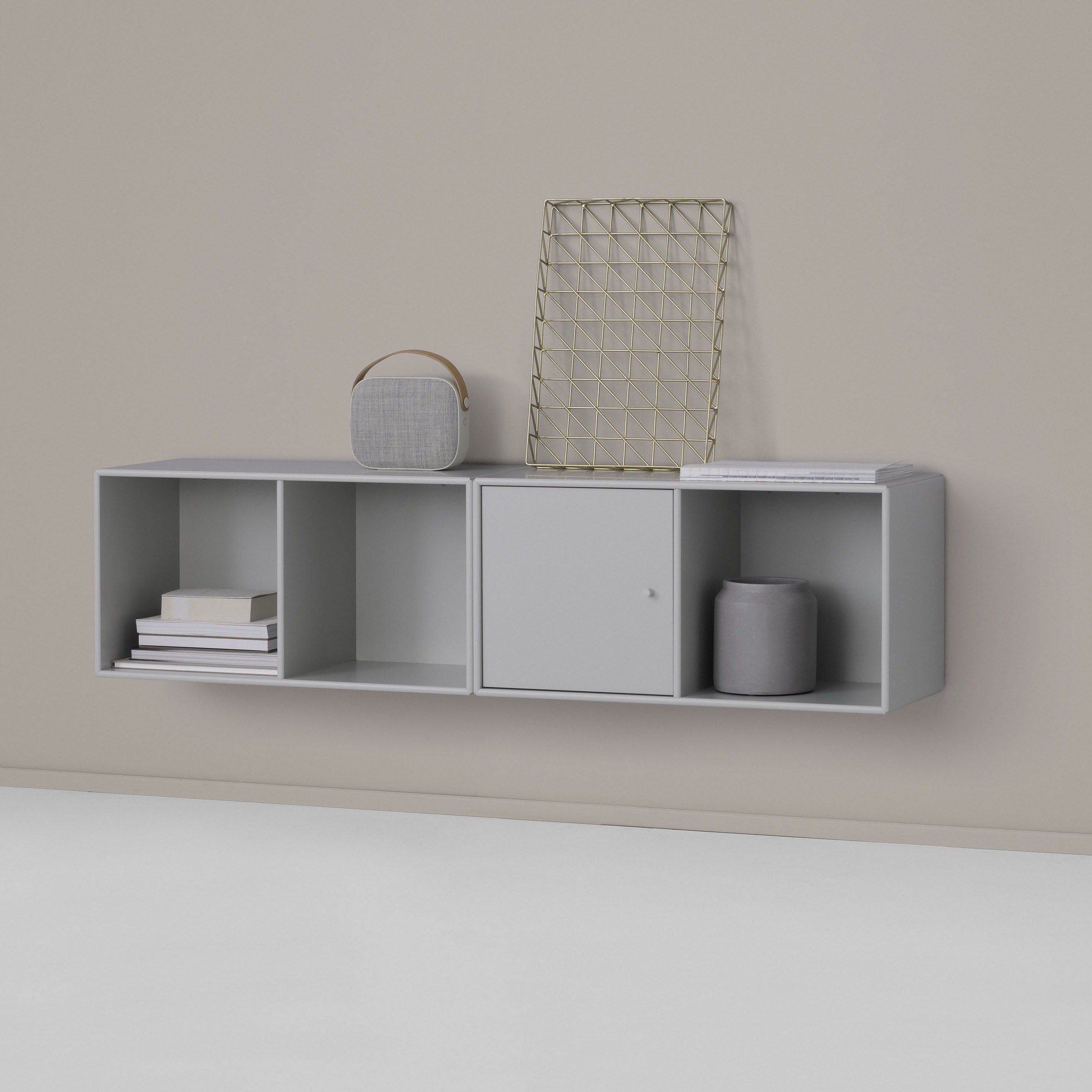 Montana m bler line wall shelf design peter j lassen for Scandic design