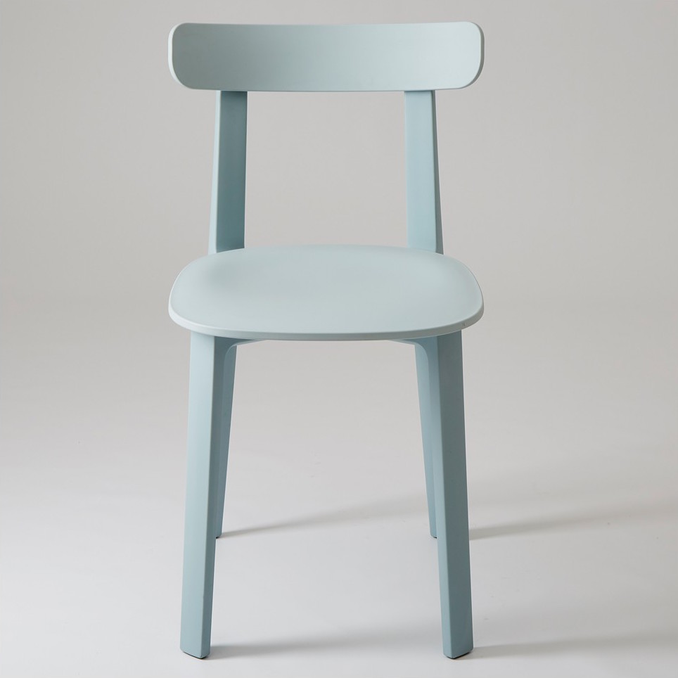 Consistant With His Super Normal Design Aesthetic Jasper Morrison Created The All Plastic Chair A Renewed Version Of Classic Wooden