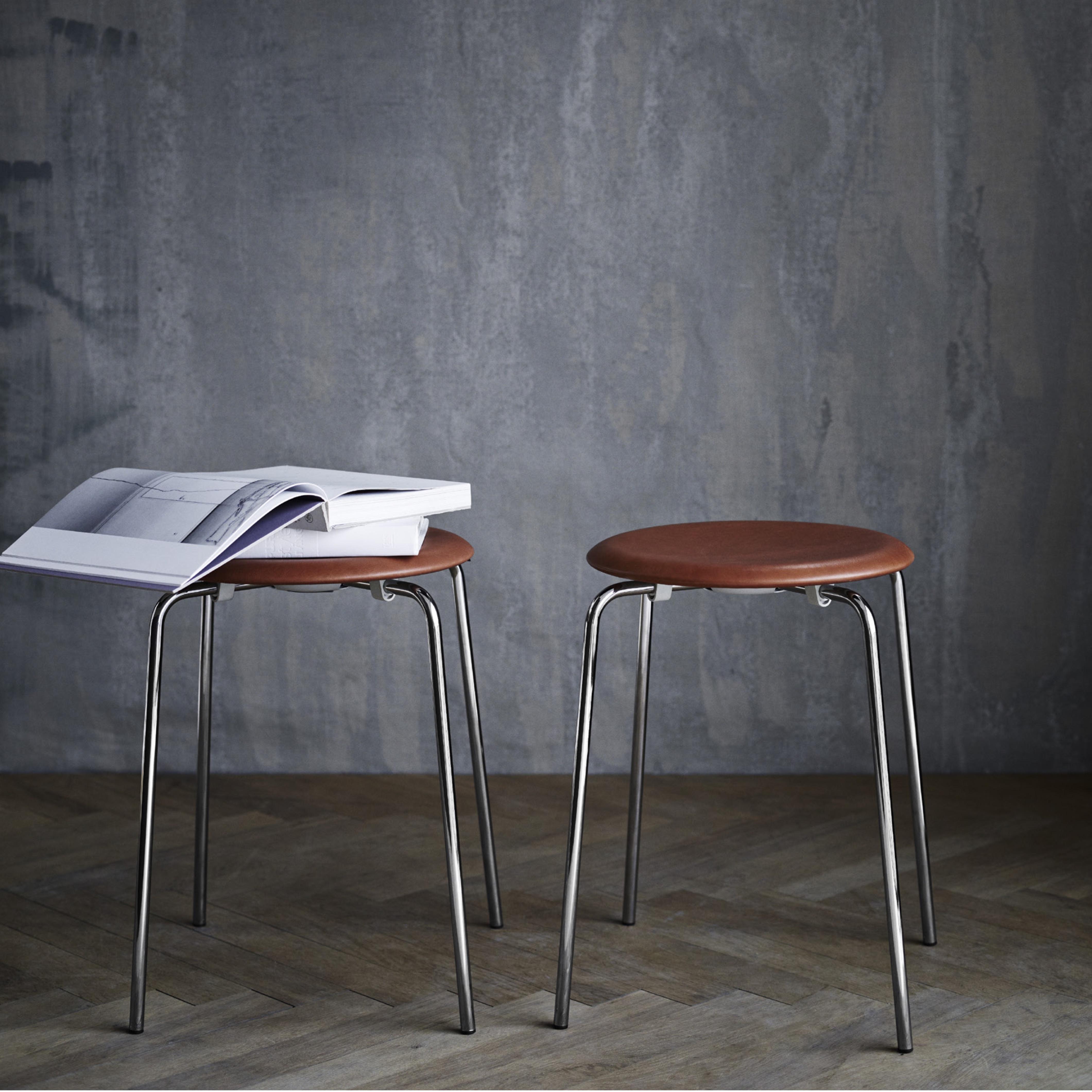Fritz Hansen Dot Stool Arne Jacobsen