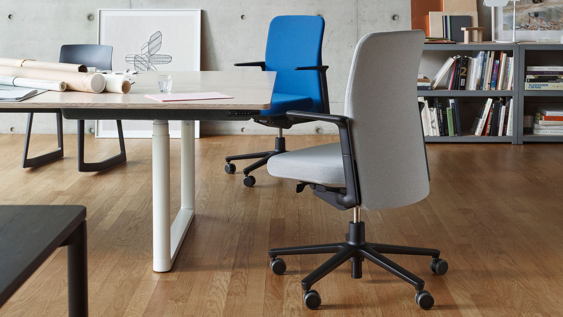 Vitra – Pacific Chair, Task Chair - design Barber & Osgerby